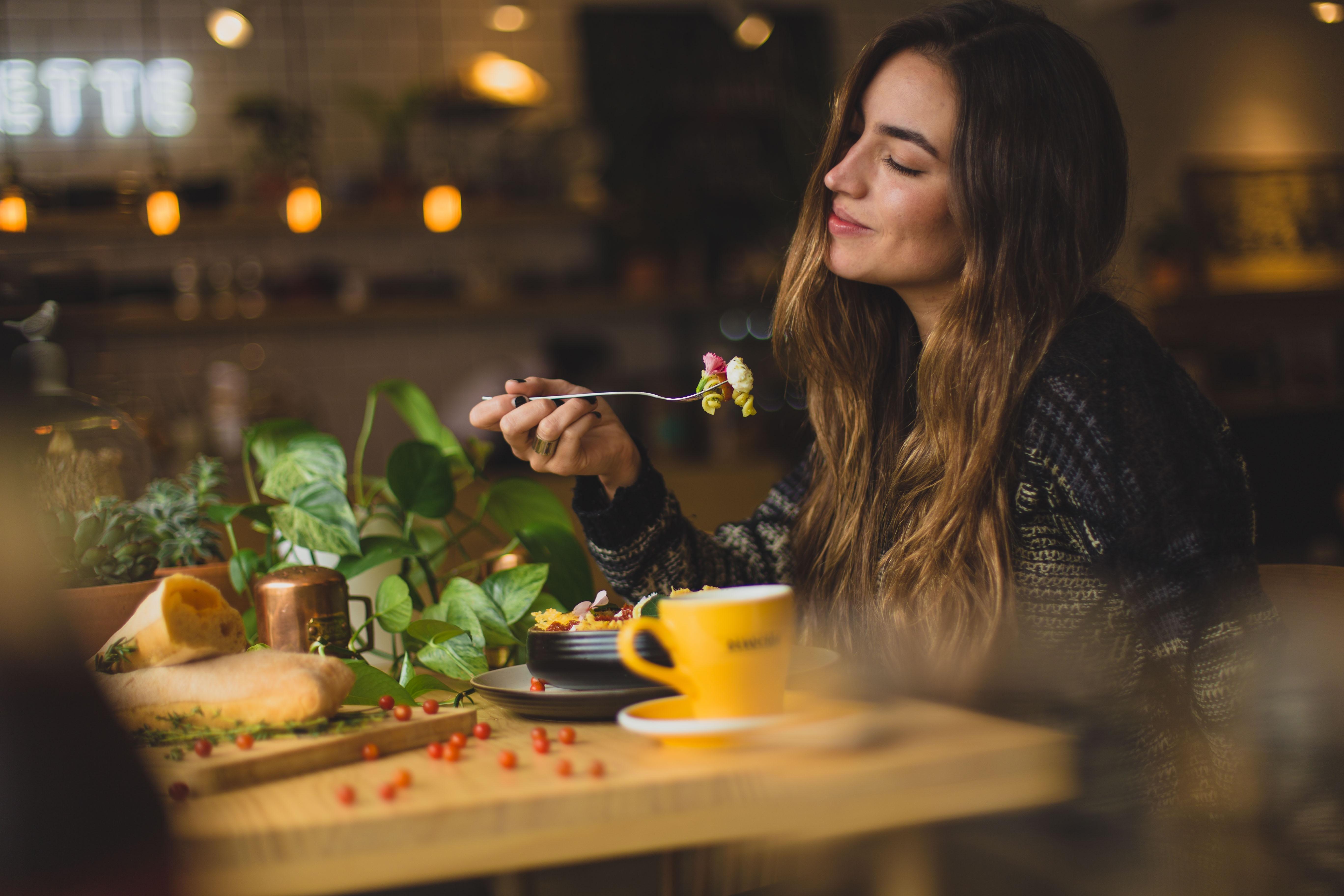Salute alimentare donna, Giuli Delfino dietista